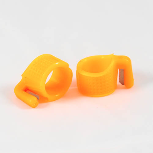 Plastic Ring Thimble with Cutter