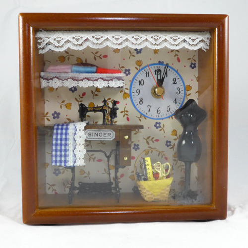 Dollhouse with Clock  107C