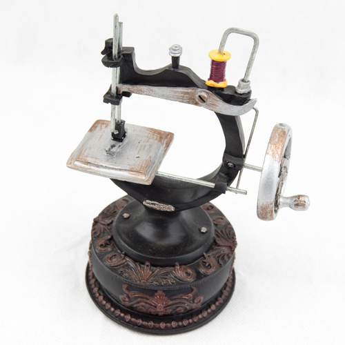 Sewing Machine Trinket Box  TB105