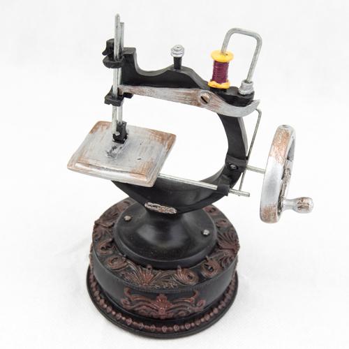 Sewing Machine Trinket Box  TB105