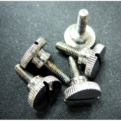 Sewing machine thumb screw
